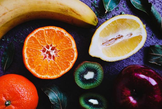 うさぎのエサのフルーツ